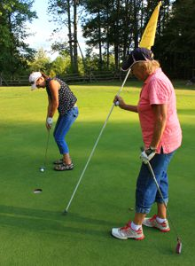 Blue Heron Golf Club takes part in Golf For The Cure